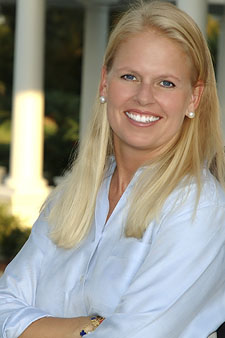 Nicole Hammons-Dovgopolyi, Michael Saunders & Company®, Palmer Ranch - Sarasota Office