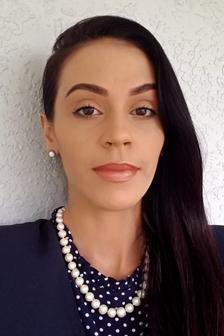 Angela Oyola